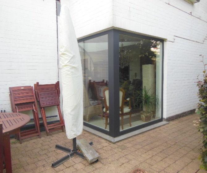 Propriété rénovée avec des châssis en aluminium à LAEKEN